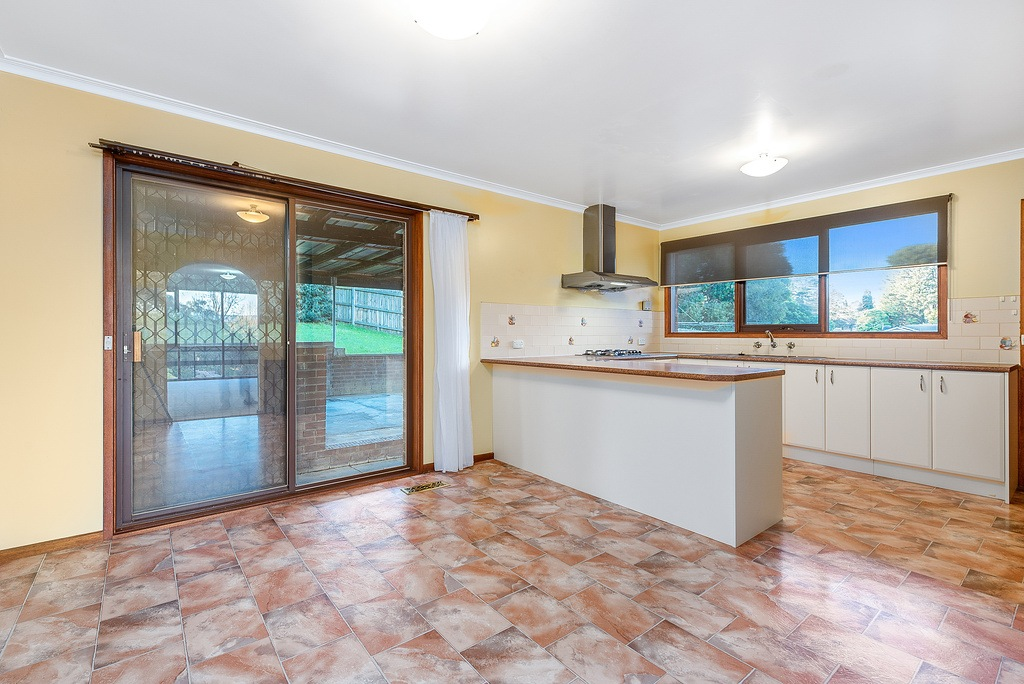 029_Open2view_ID427764-6_Eve_Ct_Ringwood