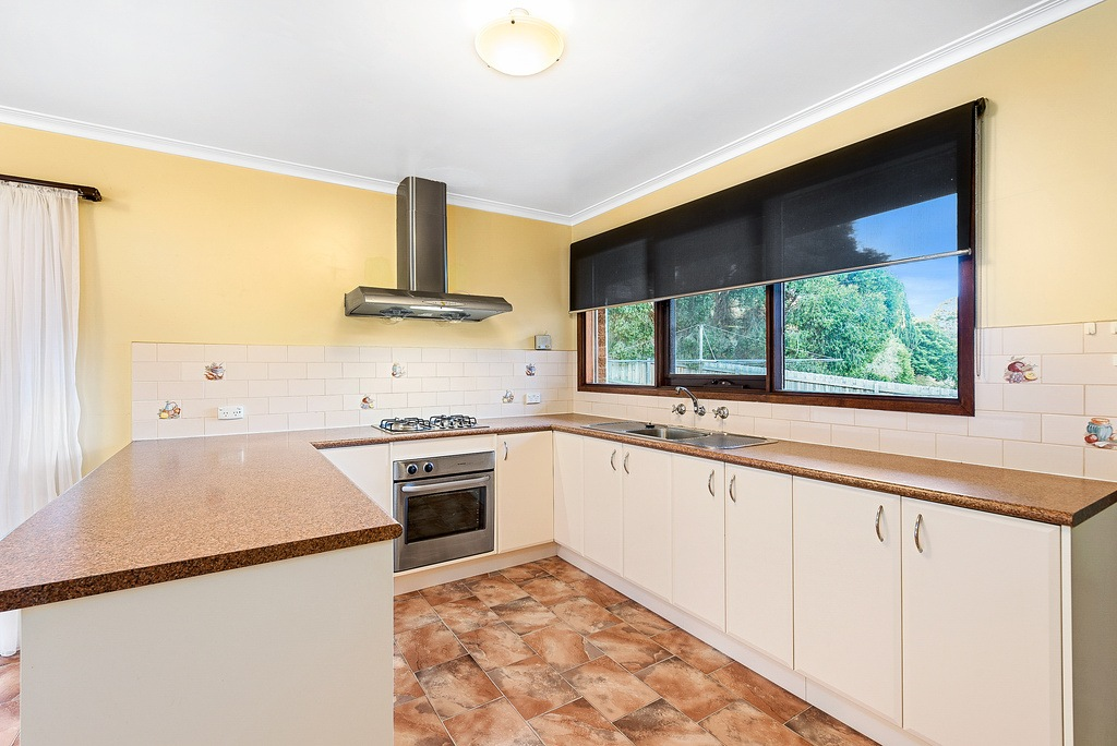 030_Open2view_ID427764-6_Eve_Ct_Ringwood