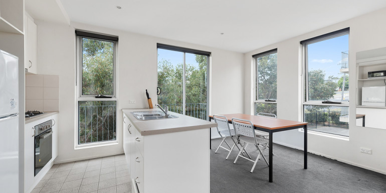 012_Open2view_ID446978-209_308-310_Burwood_Hwy__Burwood