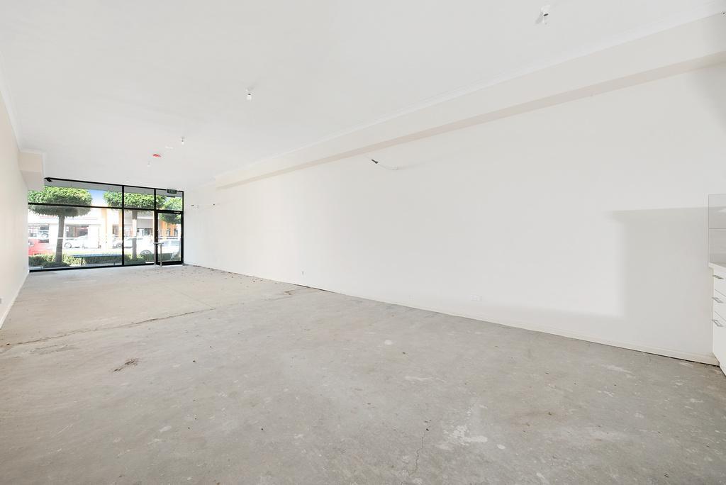 018_Open2view_ID454943-355_Waverley_Road__Mt_Waverley